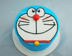 Doraemon cake!!! Doraemon Cake, Doraemon Cartoon, Unhappy Birthday, Birthday Party Themes, Birthday Cakes, Diy Party, Party Ideas, Anime Fnaf, Cute Cakes