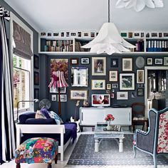 A collection of eye-catching photo gallery walls to swoon over