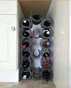 Horseshoe wine rack for the corner. #DIY