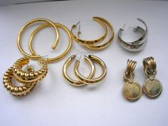 Destash lot of 6 pair vintage gold tone and silver by badgestuff, $10.00