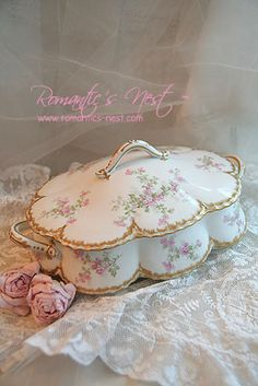 Haviland Limoges love dresser boxes even though im more country prim