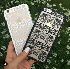 Black and white elephant case. Looks great with rose gold colored phones