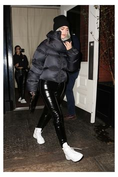 Looks Kylie Jenner, Estilo Kylie Jenner, Kylie Jenner Style, Winter Outfits 2019, Casual Winter Outfits, Outfit Winter, Outfit Summer, Casual Clothes, Kendall Jenner Outfits Casual