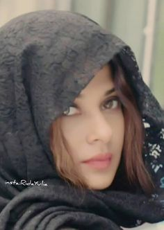 Beautiful Hijab Girl, Beautiful Eyes, Beautiful Pictures, Beautiful Bollywood Actress, Beautiful Indian Actress, Hijab Fashion Summer, Persian Girls, Stylish Dpz, Jennifer Love