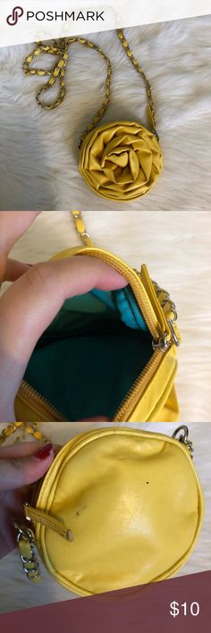 🌊Super cute yellow flower crossbody small purse The cutest small little purse / coin purse pouch. It's yellow and has a chain. The back has some marks but not visible when worn. I always got lots of compliments when I used this bag! ross Bags Crossbody Bags