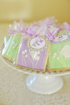 Really pretty butterfly thank you cookies.  http://annies-eats.com/2012/02/15/a-butterfly-baby-shower-for-amanda/