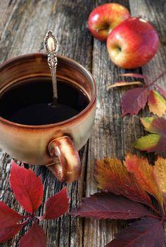 Ceaiul reprezinta intelepciune in stare lichida...  Http://livadacuceai.ro/rooibos-mint-chocolate-q-135-170