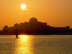 Petróleo faz de Abu Dhabi terra do dinheiro e da prosperidade (Grep) (Foto: Globo Repórter)