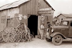 1939 - Blacksmith Shop - San Antonio, Texas.