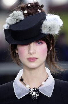 Caitriona Balfe - I'm not sure, but I think some small rodents might have expired on that hat! ;) (Cait looks gorgeous as usual)