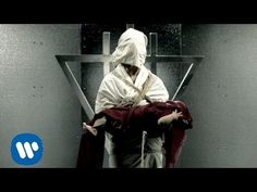 ▶ The Devil Wears Prada - Born To Lose [OFFICIAL VIDEO] - YouTube