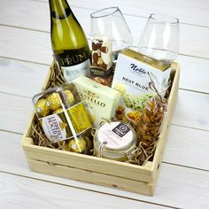 Wine Gift Boxes, Wine Gift Baskets, Wine Gifts, Wine Hampers, Flower Box Gift, 50 Wedding Anniversary Gifts, Cute Birthday Gift, Party In A Box, Homemade Christmas Gifts