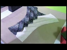 (894) Torso con tecnica de origami bambu de dos colores - YouTube Tailoring Techniques, Techniques Couture, Sewing Techniques, Moda Origami, Fabric Origami, Origami Dress, Clothing Patterns, Sewing Patterns, Kleidung Design