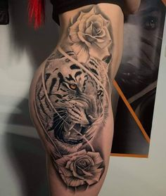 Want this but with a lioness with blue eyes and lilies instead of roses. Bild Tattoos, Dope Tattoos, Great Tattoos, Leg Tattoos, Beautiful Tattoos, Body Art Tattoos, Sleeve Tattoos, Tatoos, Tattoo Life