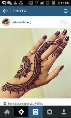 Eid Mehndi-Henna Designs for Girls.Beautiful Mehndi designs for Eid & festivals. Collection of creative & unique mehndi-henna designs for girls this Eid Designs Henna, Beautiful Henna Designs, Beautiful Tattoos, Beautiful Mehndi, Beautiful Hands, Henna Designs On Hands, Simple Henna Designs, Art Designs, Black Mehndi Designs
