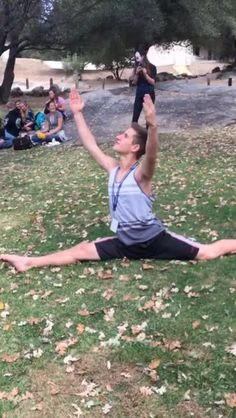 Fyuse - My friend Ben is a gymnast! #gymnastics #YHS #splits #fantastic #fabulous