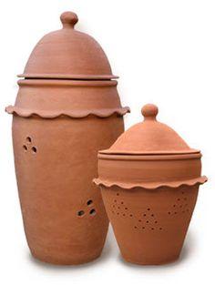 Compostera de barro decorativa