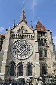 Extérieur Cathedrale Lausanne - Suiza