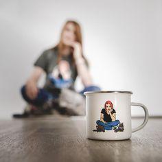 Baty a její kočky.. Na hrnku na triku na streamu na Instagramu.. Jim prostě neutečeš Každopádne plechacek z kolekce od @batyalquawen najdeš i u nás na webu. #realgeek #realgeekcz #plechacek #hrnek #baty #batymerch #merch #merchemdise Mugs, Tableware, Instagram, Dinnerware, Tumblers, Tablewares, Mug, Dishes, Place Settings