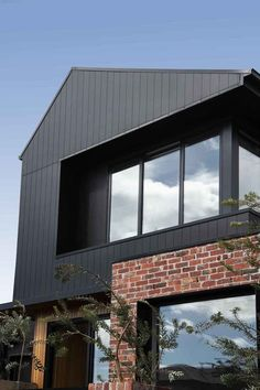 Brick Cladding, House Cladding, Brick Facade, Exterior Cladding, Facade House, Red Brick Exteriors, House Siding, Facade Design, Exterior Design