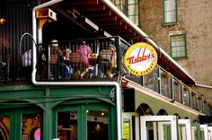Tubby S Tankhouse River Street Ship Shots Live Music A Prime Spot In The Middle Savannah Ga Restaurantsriver