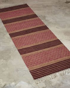 The supplier of finest custom handmade rugs. Woven only from the finest natural materials - These rugs are timeless through generations. Braided Wool Rug, Woven Rug, Recycled Fabric, Wool Fabric, Carpet Runner, Scandinavian Style, Handmade Rugs, Pattern Design, Bohemian Rug