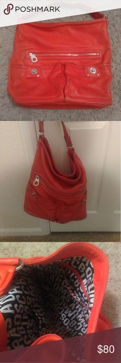 Marc Jacobs burnt orange bag.... Good condition!! Lightly worn... Some scuff marks on bottom and back of purse otherwise great condition.  Burnt orange color and lining Marc Jacobs. Super cute for everyday use. Marc Jacobs Bags Shoulder Bags