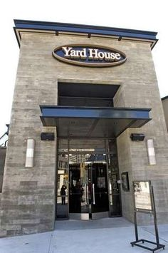 Take a look inside the first Ohio location of the Yard House chain, at The Banks Downtown. The restaurant, which features 160 taps of craft ales and lagers, will open on Sunday, March 24.