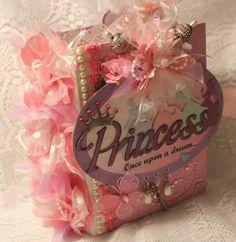 "Momz Cindy A ""Disney Princess"" Vacation Girl Shabby Premade Scrapbook Album | eBay"