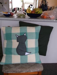With a lot of help from Mum today I managed to create these cushions that I have been dreaming of for ages. Upcycled wool blankets and Felt animals = awesome