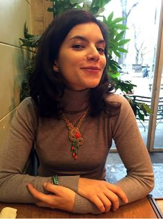 What a great Christmas present! Federico's girlfriend loves her new Dori necklace! :)) #DoriCsengeri #coral #necklace #turquoise #resort