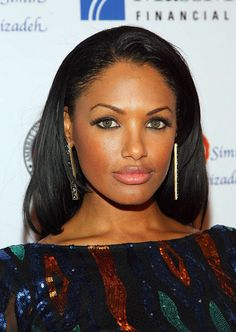 Actress KD Aubert has beautiful dark green eyes with a chestnut star-burst.