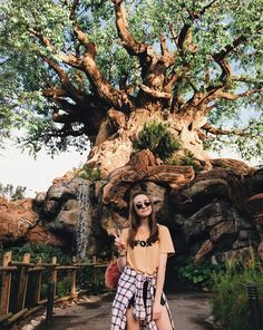 Shop this pic from Disney World Trip, Disney Vacations, Disney Trips, Cute Disney Pictures, Disney World Pictures, Disney Poses, Disney Parque, Disney Aesthetic, Disney Instagram