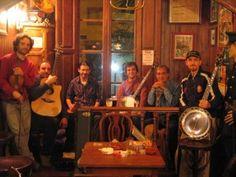 Bluegrass Music in Barcelona Bluegrass Music, Sick, Singing, Barcelona, Dancer, I Am Awesome, Blues, Lifestyle, Dancers