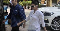 #Bollywood offers #prayer for #Madhuri #Dixit father  #bollyoodeye #kajol #rani #aishwarya #bachchan #juhichawla