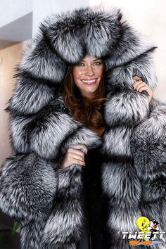 Evangeline Lilly in fox fur coat by Tweety63