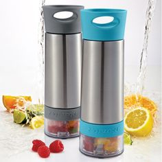 "aquazinger ~ put fruit in the bottom to ""infuse"" your water naturally! whaaaaaat! I need this"