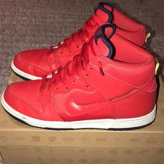 detailed look 54861 0fd90 Nike Shoes   Used Nike Dunk High Team Usa University Red   Color  Red   Size   11