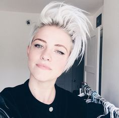 peinado pixie para mujeres