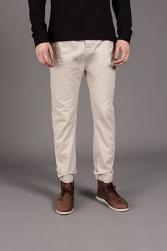 D-Struct Basic Chino Pant