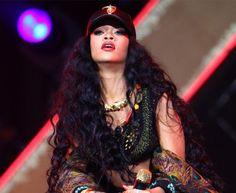 #Rihanna with long, wavy black #hair at London's #Wireless festival