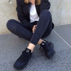 more photos 6cec1 8a106 nike huarache triple black - Google Search Black Nikes, Daily Fashion,  Fashion Beauty,