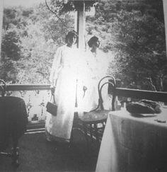 Grand Duchesses Olga and Tatiana Nikolaevna Romanova of Russia A♥W Belle Epoque, Anastasia, Olga Romanov, Grand Duchess Olga, House Of Romanov, Alexandra Feodorovna, Russian Literature, Tsar Nicholas Ii, Imperial Russia