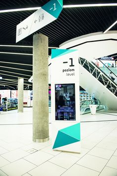 Complete wayfinding system based on colour