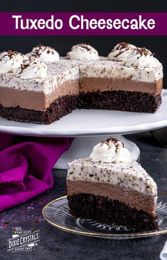 Sweet Desserts, Just Desserts, Sweet Recipes, Delicious Desserts, Chocolate Desserts, Chocolate Cream, Cake Chocolate, Chocolate Tuxedo Cheesecake Recipe, Cupcake Cakes