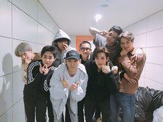 😍😍😍 Baekhyun x Xiumin x Sehun x Chen x D.O x Suho x Chanyeol x Kai (insert name) Yixing my first stan kpop idol, so love this group.