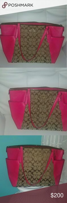 💯COACH-BROWN & HOT PINK CC LARGE BAG! 💖💖 💯COACH-BROWN & HOT PINK CC LARGE BAG! 💖💖ABSOLUTELY GORGEOUS! EUC-LIKE NEW! BARELY WORN. A WARDROBE MUST HAVE! NO STAINS, TEARS OR ODORS. SMOKE/PET FREE HOME! BUNDLE & SAVE!! Coach Bags