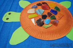Mit Papierteller und Mosaiksteinen eine Schildkröte basteln