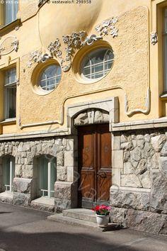 Art Nouveau, Finland Destinations, Finland Country, Art Deco Buildings, Dream House Exterior, Entry Doors, Entrance, Night Life, Architecture Design
