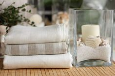 Jacquard linen bath towels Natural Grey and White Linen Towels, Bath Towels, Tea Towels, Throw Rugs, Quilt Blocks, Grey And White, House Warming, Hand Weaving, Textiles